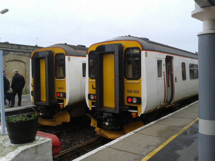 Newly upgraded units 156419 and 156409 Lowestoft station