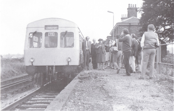 The 9.53 service from Ipswich stops at Melton to mark the official reopening of the station on 05 September 1984 - Photo courtesy Middleton Press