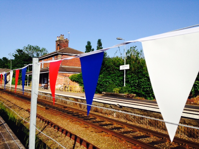 Bunting at Oulton Broad Station